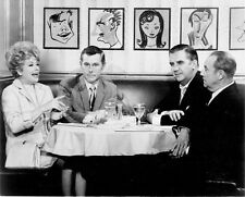 1970's LUCILLE BALL & JOHNNY CARSON ED MCMAHON EATING DINNER PHOTO