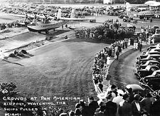 1939 CROWD WATCHES PAN AMERICAN CLIPPER MIAMI PHOTO