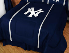 NEW YORK YANKEES SIDELINES COMFORTER, TOSS PILLOW, BEDSKIRT