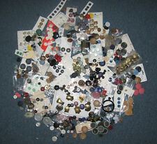 Buttons – Large lot – More than 400