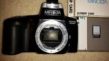 Minolta Maxxum 5000i 35mm SLR Film Camera with Closeup Card and Lens Filter 46mm