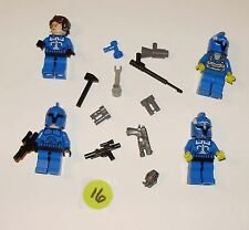 Lego Mini figures set of 4 SPACE MEN in Blue Suits with Weapons   Mixed Lot #16