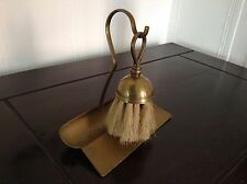 VINTAGE BRASS VICTORIAN / ART DECO CRUMB TRAY WITH BRUSH