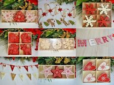 Christmas tree decorations wooden red white Nordic shabby chic star snowflakes