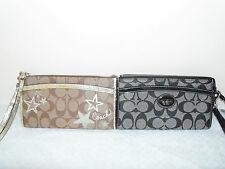 New  Authentic Coach Signature Zippy  Wallet Wristlet Brown Black