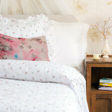 Hotel Quality Traditional Quilted Fitted Bedspread Rosebud Print