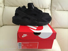 NIKE AIR HUARACHE TRIPLE ALL BLACK  UK ALL SIZES 6-11 LIMITED EDITION NEW *LOOK*