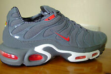 ORIGINAL MENS NIKE AIR MAX PLUS TN TUNED AIR TRAINERS UK SIZE 8.5 - 9  ( 0 8 0 )