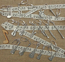 MUSICAL INSTRUMENT KEYRING GUITAR DRUMS PIANO KEYBOARD MIC SAX VIOLIN NOTES
