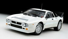 KYOSHO 8304R 8304W LANCIA 037 Presentation rally diecast model car 1:18th scale