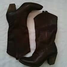 FRYE Women's TAYLOR Dark Brown Pull On Leather Boots 77485 Size 10 US