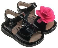 MOOSHU Trainers Squeeker Shoes NEW Black Patent Sandals Sz 3-8