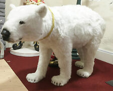 Animated christmas figures for Animated polar bear christmas decoration