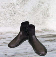 Wetsuit boots 5MM Childresn/Youth t size 6.5 (toddler) to 7.5 Youth