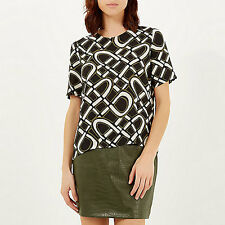 Ex River Island Khaki 60s Retro Print Boxy Fit Short Sleeve Soft Touch Crepe Top