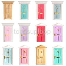 1:12Scale Dolls House Miniature Furniture Wooden Door with Hardware DIY Collect