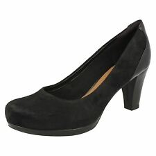 Ladies Clarks Chorus Chic Suede Leather Smart Court Shoes