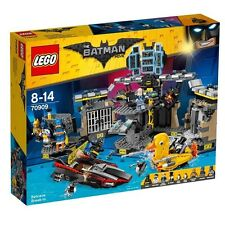 LEGO 70909 The Batman Movie Batcave Break-in NEW