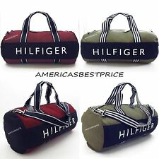 TOMMY HILFIGER NEW LARGE DUFFLE BAG/GYM BAG,NWT,RED/GREEN.VERY NICE