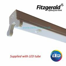Fitzgerald lighting - 4ft and 5ft Light pack IP20 batten with LED tubes