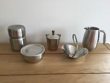 BODUM STAINLESS DOUBLE WALL JUG & OTHER STAINLESS KITCHEN DISPLAY ITEMS