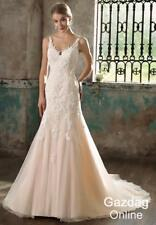 Helen Fontaine V-Neck Mermaid Bridal Wedding Gown with Appliques HFW2718