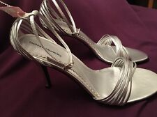 CHINESE LAUNDRY WOMEN'S SILVER STRAPPY HEELS -SIZE 10M- NWOB - GREAT NEW SHOES!