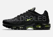 NIKE AIR MAX TN SE WOLF GREY / NEON GREEN