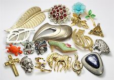 Vintage 19 Piece Designer SIGNED Enamel Crystal Rhinestone Figure Brooch Pin Lot