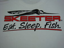 New Skeeter White Tee Shirt With Logo On Front And Skeeter