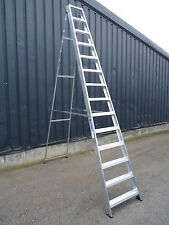 Industrial Builders Swingback Step Ladder 3/4/5/6/7/8/10/12/14 Tread Available!