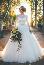 Luxury Long Sleeve Lace Wedding Dresses Backless Bridal Gown Custom Made 2017