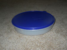 """Tupperware Pie Cup Cake Keeper Taker 12"""" round container #242 & BLUE Lid #2540"""
