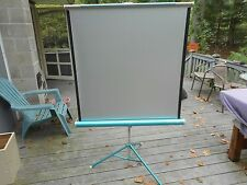 Vintage DA-LITE Silver Pacer Movie Slide Projection Screen 40 x 40 in Box