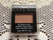 Mary Kay Day Radiance Cream Foundation NIB Delicate Beige