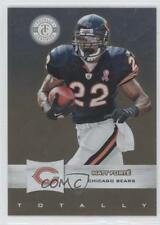 2011 Panini Totally Certified Gold 70 Brian Urlacher Chicago Bears Football Card