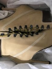 AUTHENTIC NEW SOLD OUT MANOLO BLAHNIK OKLAMOD SUEDE ANKLE BOOTS.