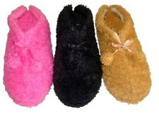 Womens FUZZY SLIPPER with Pom Poms-Washable