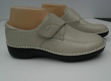 Lady Comfortable Shoes size 5-10