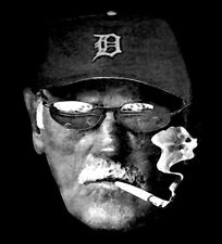 detroit tigers manager jim leyland smoking t-shirt - 100% cotton