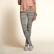 NWT Hollister High Rise Leggings in Grey Print Small