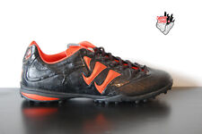 Warrior Astro-Turf Football mans trainers Skreamer designed by new balance black