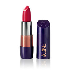 Oriflame The ONE 5-in-1 Colour Stylist Lipstick 30669 Face 1