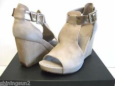 Tsubo Nancie Suede Wet Cement Women Wedges US 9 to10