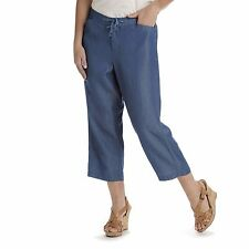 Lee women's capri pants natural fit soft in denim chambray size 8, 10 NEW