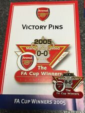 ARSENAL v MANCHESTER UNITED Victory Pins 2005 FA CUP WIN Danbury Mint Badge
