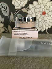 MARY KAY Mineral powder foundation & Brush Ivory 1 NEW fresh!