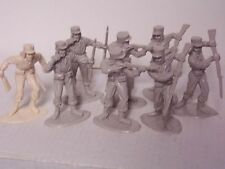 Lot of reissue Timpo French Foriegn Legion in two colors, hard plastic