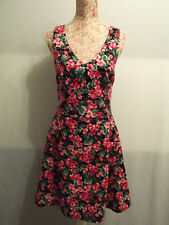NEW WITH TAGS KNEE-LENGTH BLACK & PINK FLORAL GERANIUM V-NECK DRESS BY DAUOD