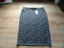M&S  MIDI SIZE 14 ELASTIC WAIST BLACK/MIX  SKIRT BNWT